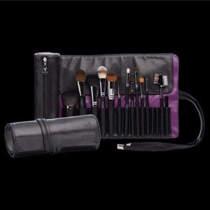 Roll Up Makeup Brush Bag Younique